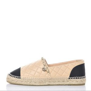 Authentic Chanel 18p 2018 Chain Quilted Espadrille